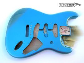 Corps Stratocaster Fender Classic Series 60s Lake Placid Blue
