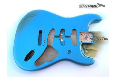 Corps fender Strat Classic Series 60 Lake Placid Blue