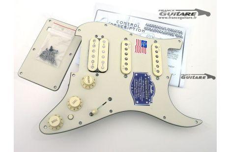 Pickguard assemblé fender Stratocaster American Deluxe N3 Noiseless