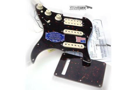 Pickguard assemblé Fender Stratocaster American Deluxe HSS Tortoise