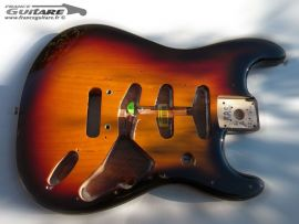 Corps Fender Stratocaster Classic Player 60s Sunburst 3 tons