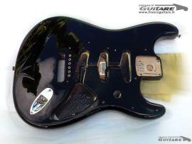 Corps Stratocaster Fender Classic Series 60s Black Noir Mexico