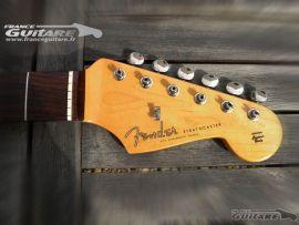 Manche Fender Stratocaster Classic Series 60s palissandre avec Mécaniques