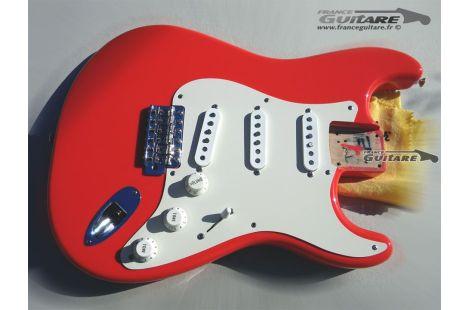 corps complet assemblé de Fender Strat Classic Series 50s Fiesta Red