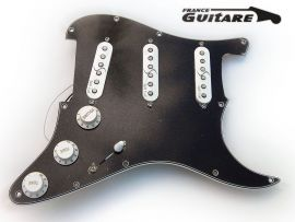 Loaded Pickguard Noir 5 plis Fender Stratocaster Super 55 Split Coil
