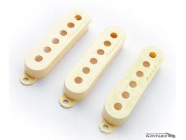 Jeu de Capots de micros Fender Stratocaster Noiseless Aged White