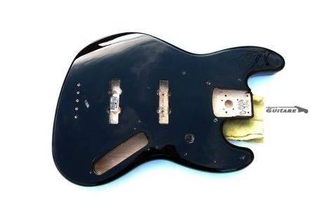 Corps genuine Fender Jazz Bass Fender black classic 70s aulne 099-8008-706
