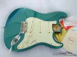 Loaded Body Fender Stratocaster American Vintage 62 RI Ocean Turquoise