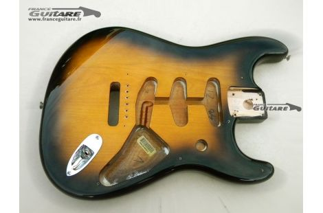 Corps Stratocaster Classic Series 50s Sunburst 56 2 tons