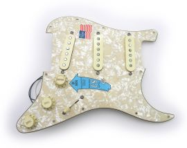 Loaded Pickguard Fender Stratocaster American Deluxe SCN 2005 Aged Pearl