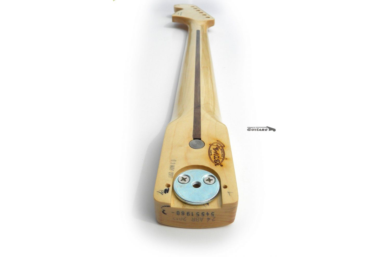 https://www.franceguitare.fr/5744-thickbox_default/5744-manche-genuine-fender-stratocaster-classic-series-70s-maple-erable.jpg