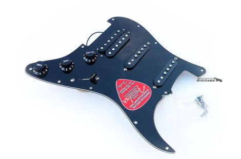 Loaded Pickguard Fender Stratocaster HSS American Special Black