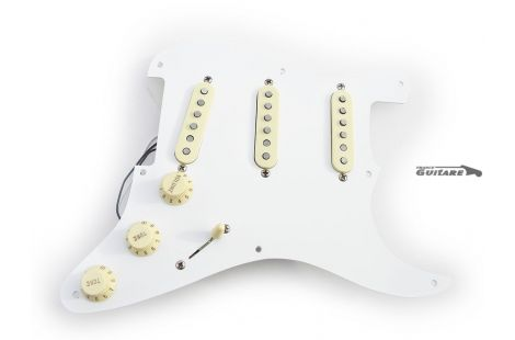 Pickguard Assembly Fender Stratocaster Classic Series 50s mexico