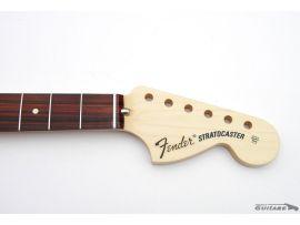 Manche Fender Stratocaster Classic Series 70s touche Pau ferro Mexico