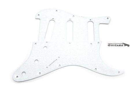 Pickguard Stratocaster Aluminium brossé anodisé USA standard 11 trous