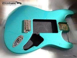 Corps Fender American Strat Plus carribbean mist 93