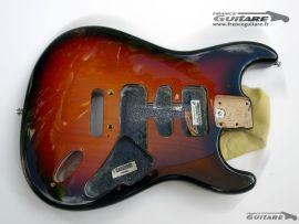 Corps Stratocaster American Deluxe Fender Sunburst 3 tons