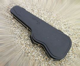 Etui Guitare Fender Flight Case Strat Coque Moulée PVC série 1998-2008