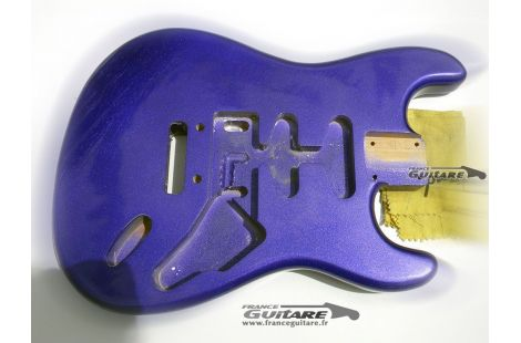 Corps Stratocaster USA Finition Nitro Crown Royal Purple