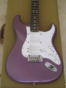 Stratocater Fender Midnight Purple Jeff Beck